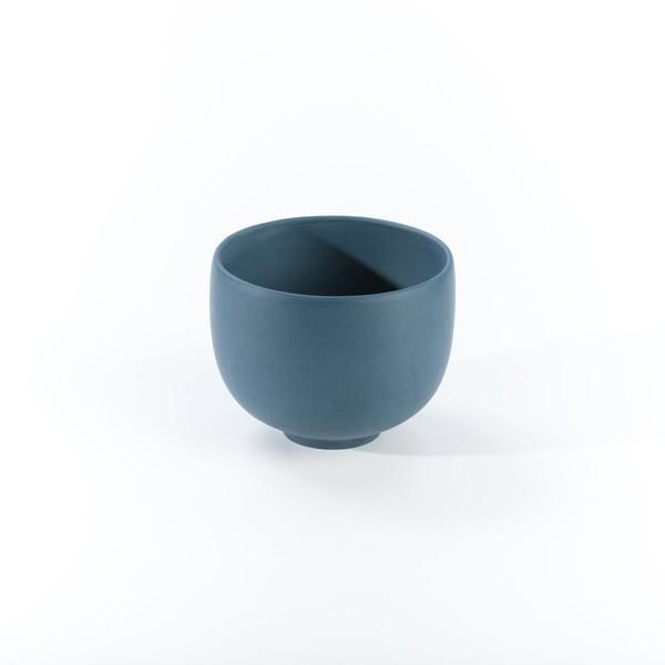 BLUE HUAN TEA CUP